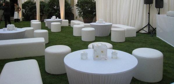 une soir e lounge blanche pour ma f te de pacs. Black Bedroom Furniture Sets. Home Design Ideas