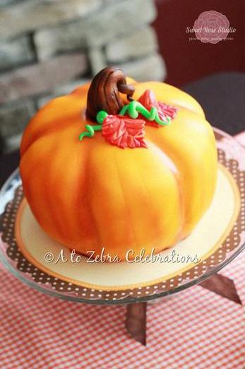 décoration automne sweet table automne gateau citrouille