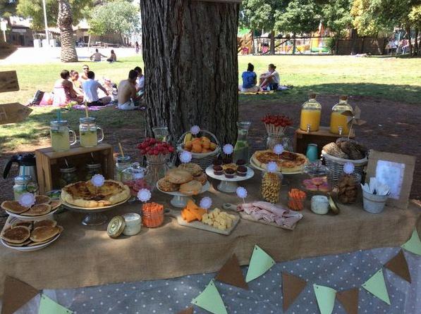 brunch party fête sweet table