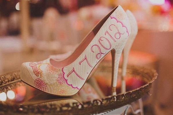 chaussures pacs mariage graffiti